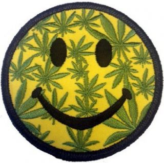 "3"" Round Smiley Flace Weed POT Ganja Marijuana Leaf Logo Iron on Patch: Clothing"