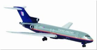 Dragon Wings B727 200 United Airlines Model Airplane Toys & Games