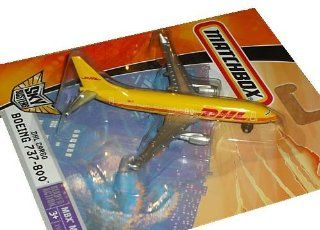 Matchbox Sky Busters DHL Cargo Boeing 737 800 Die Cast Jet Plane: Toys & Games