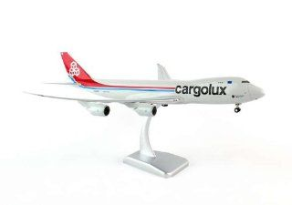 HG4852G Hogan Cargolux 747 8F 1:200 W:GEAR Sity Of Luxembourg Model Airplane: Toys & Games
