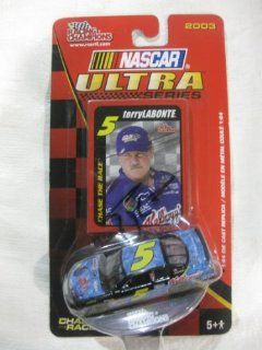"""Signed Nascar Die cast #5 Terry Labonte Kellogg's """"Nemo"""" Racing Team Car Edition Replica of Chevy Monte Carlo Series Car Including Trading Card and Display Stand in a 164 Scale Manufactured By Racing Champions Toys & Games"""