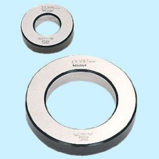 Mitutoyo 177 125 Setting Ring, 8mm Size, 10mm Width, 32mm Outside Diameter, +/ 1.5Micrometer Accuracy: Calibration Setting Rings: Industrial & Scientific