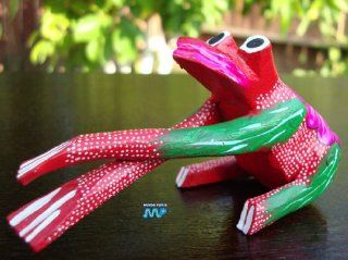 Lazy Frog Alebrije Mexican Copal Wood Carving Creature Monster Sculptures Oaxaca Mexico Niceley Detailed Hand Painted! : Collectible Figurines : Everything Else