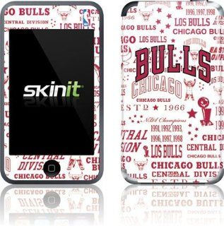NBA   Chicago Bulls   Chicago Bulls Historic Blast   iPod Touch (1st Gen)   Skinit Skin : MP3 Players & Accessories