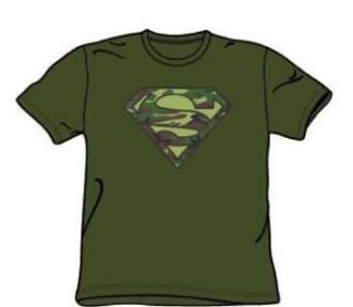 Superman   Camo Logo   Military Green S/S Adult T Shirt For Men: Home & Kitchen