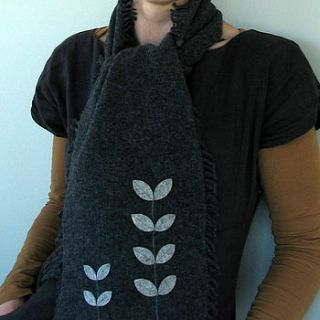 lambswool and felt seedlings scarf by donna smith designs