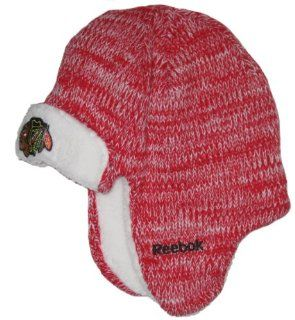 Chicago Blackhawks NHL Reebok Red Elmer Fudd Style Trooper Sweater Knit Hat  Sports Fan Beanies  Sports & Outdoors
