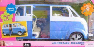 Barbie Volkswagen Microbus VW Vehicle Van with Working Horn & Sliding Door (Blue)   Seats 6 Barbie Dolls (2002) Toys & Games