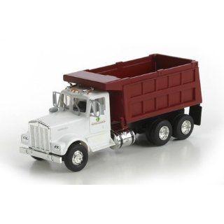 HO RTR Kenworth Dump Truck, Prestige Landscaping Toys & Games