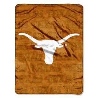 NCAA Texas Longhorns 46 Inch by 60 Inch Micro Raschel Blanket, Grunge Design  Sports Fan Throw Blankets  Sports & Outdoors