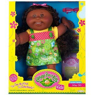 Holiday Doll! Cabbage Patch Kids Arty Girl Premiere Collection African American Doll   Sophia Honor   December 24th: Toys & Games