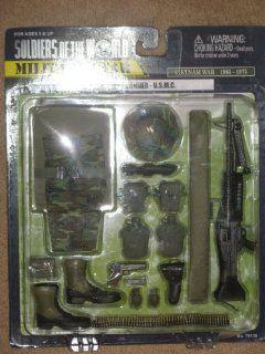 Soldiers of the World Military Gear WWII MARINE RAIDER 1ST MARINE RAIDER REGIMENT Toys & Games