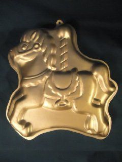 Wilton Horse Carousel Cake Pan    1990    Great for Happy Birthday Cake: Novelty Cake Pans: Kitchen & Dining