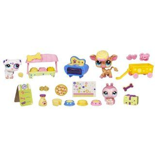 Littlest Pet Shop Themed Play Pack   Spot And Dot Treat Shop Toys & Games