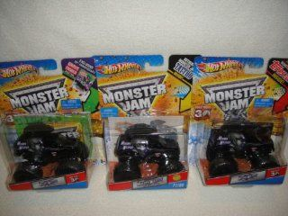 HOT WHEELS MONSTER JAM MOHAWK WARRIOR COMPLETE SET OF 3 MONSTER TRUCKS, TOPPS CARD, POSTER AND TATTOO VERSION MONSTER TRUCKS SET: Toys & Games