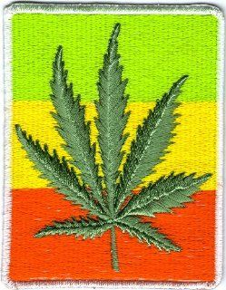 Reggae Marijuana Leaf Embroidered Iron on Sew on Patch Iron on Circle Symbol Badge Emblem Logo Sign Patch Embroidery: Everything Else