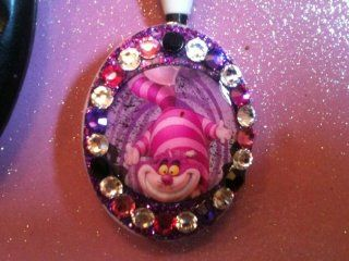 Disney Cheshire Cat Key Holder Swarovski Crystal Embellished Retractable KEY Chain, Key Holder  WHEN YOU PURCHASE 2 OR MORE OF MY ITEMS  Badge Holders