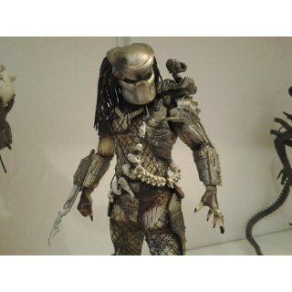 "NECA Predators Series 3   7"" Action Figures Pack Of 3: Toys & Games"