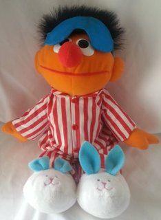 1996, 1997 Tyco Preschool Toys, Inc. Croner Tyco Toys. Ltd. Jim Henson Productions, Inc. CTW Children's Television Workshop Sesame Street Muppets TYCO CTW SESAME STREET SING & SNORE ERNIE #37207, 70207 w/Squeeze Enrie's Hand & He Talks &qu